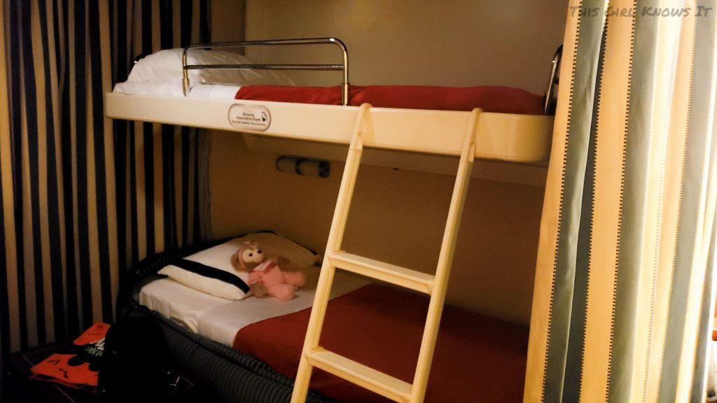 Disney Cruise Line Disney Dream Deluxe Oceanview Verandah Stateroom - Bunk Beds